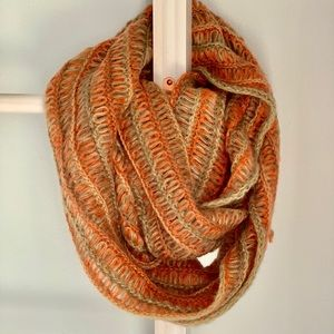 Infinity loose knit scarf